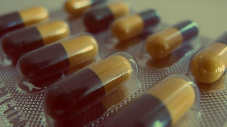 pills-926375_1920