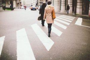 crossing-801713_1920